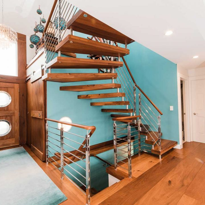 Lake Homes | Heartland Stairways